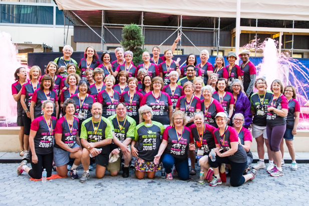 htwf 2mile walk group portrait 2016